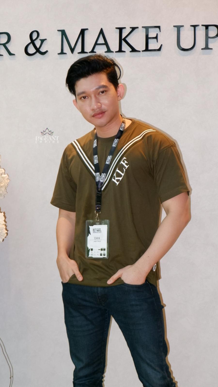 10-Foto-Keren-Bagus-Aji-Dani-Mister-Global-Indonesia-2020
