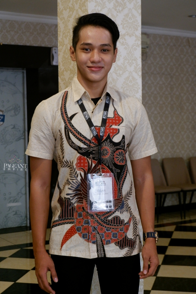 10-Foto-Keren-Rizky-Tegar-Saputra-Mister-Teen-Global-Indonesia-2020
