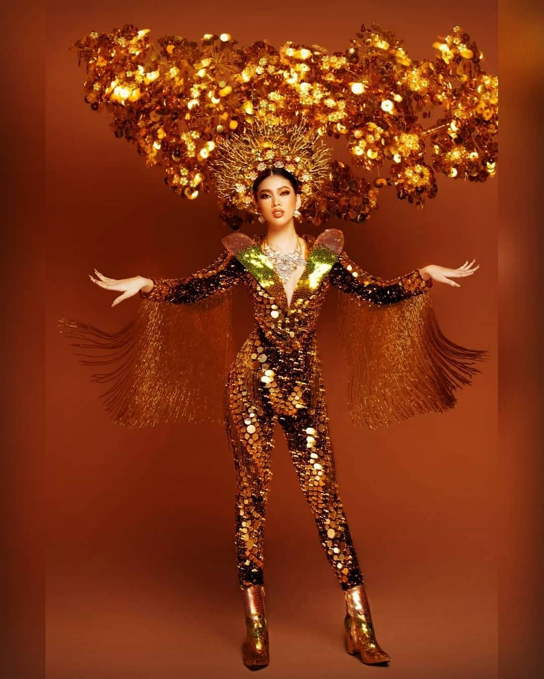 Vietnam-Top-10-Best-National-Costume-Miss-Grand-International-2020